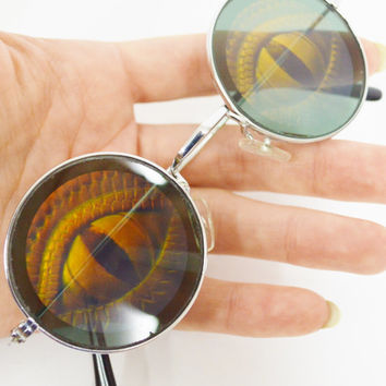 Round Sunglasses Hologram Lizard Eye Ball Reptile Soft Grunge Psychedelic Hippie Retro Inspired Holographic Trippy Men Women Unisex Novelty