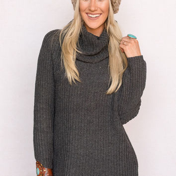 Oversized Turtleneck Sweater In Charcoal Gray