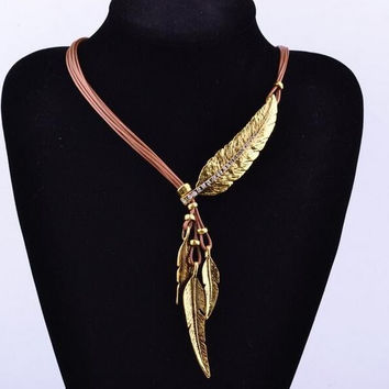 Women Bronze Rope Chain Feather Pendant Choker Chunky Statement Necklace