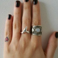 Shark Tooth Ring // Stacking Ring // Bohemian Gypsy // Shark Tooth Jewelry // Trending Jewelry