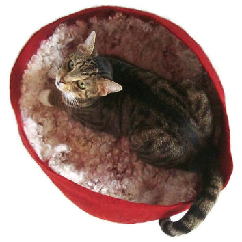 Felted Cat Bed Cruelty Free Wool Cat Basket - Pet Bed - Lincoln Longwool Red - Supporting Small US Farms