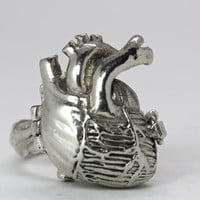 Poison Anatomical Heart Ring
