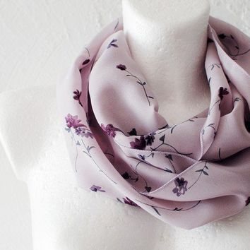 Soft Lilac Loop Circle Scarf infinity by WhiteMoth on Etsy