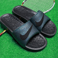 : Nike: slippers gd with men's and women's shoes