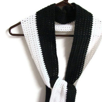 Women Scarf Black White Stripe Crochet Long Warm by MyHobbyShop