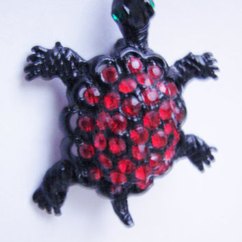 Vintage Red Green Rhinestone Figural Turtle Brooch Pin / Black Japanned Metal / Jewelry / Jewellery