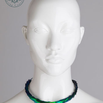 Elytra beetle wings / Choker necklace / Iridescent green scales necklace / Artisan jewelry / Taxidermy fashion / Dragon snake necklace