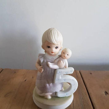 Vintage Lefton Birthday Girl Figurine  Age 5 , The Christopher Collection 03448E 1982
