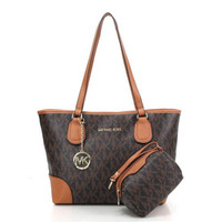 MICHAEL KORS JET SET CHARACTERISTIC MK LOGO LEATHER TOTE BAG