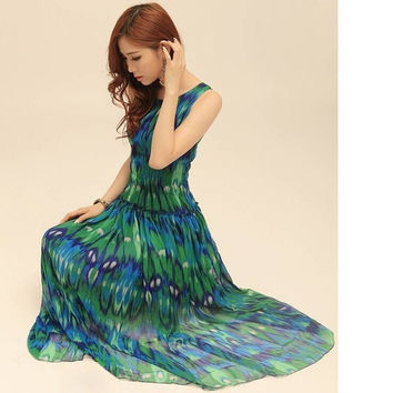 Women Long Dresses New Arrival 2015 Bohemian Fashion Vintage Peacock Print Sleeveless Chiffon Pleated Summer Maxi Dress = 1928502276