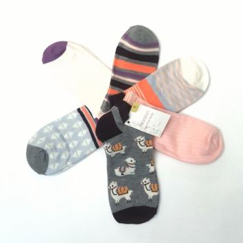 NWT Womens LLAMA Print Socks Set of 6 Low CUT Socks Llama & Patterned Set