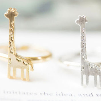 Giraffe Ring, Cute Giraffe Ring, Minimalist giraffe ring, minimal ring, simple ring, nature ing, abstract ring, wildlife ring, ring gift