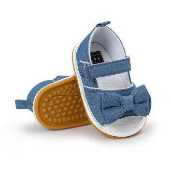 Adorable denim first walker shoes with bow for baby girl