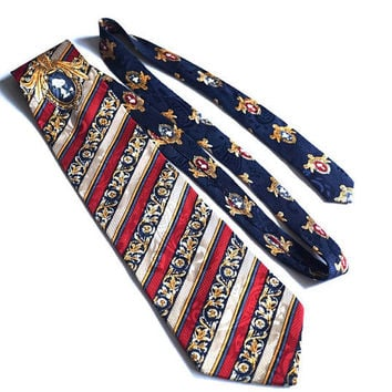 SNOOPY© Silk Tie,Burgundy & Blue Diagonal Striped Hand Sewn,1958/1965 Vintage United Feature Syndicate  Inc,Vintage Novelty Collectible Tie