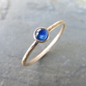 14k Gold Sapphire Ring - 4mm Round Unfaceted Sapphire in Hammered, Matte Gold - Stacking Ring, Mother's Ring - September Birthstone