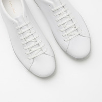SINGLE COLOR SNEAKERS New