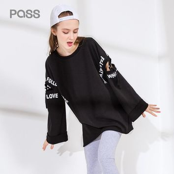 Autumn Fashion Women T Shirt Hollow Out Letter Print Long Sleeve Shirts Women Flare Sleeve Black Red Color Loose Tops