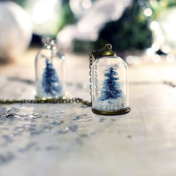 Terrarium necklace, snow globe Pendant , Christmas tree necklace , vial necklace, miniature terrarium, Gift Under 30