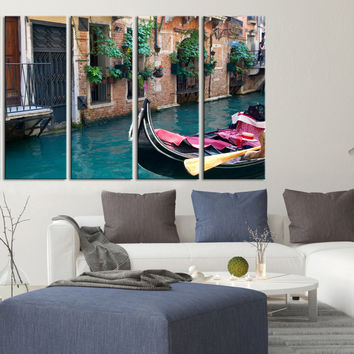 Large Wall Art Canvas Venice Canals and Gondolas, For Home Decoration, Great Print, Venetian Canals Italy and Gondolas Canvas