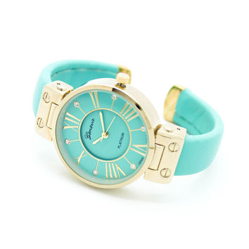 Classic bangle style watch (2 colors)
