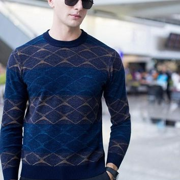 Fashion Design Men's Jacquard Casual Wool Pullover Patchwork Plaid Male Wool Sweater Fashion Men Clothing