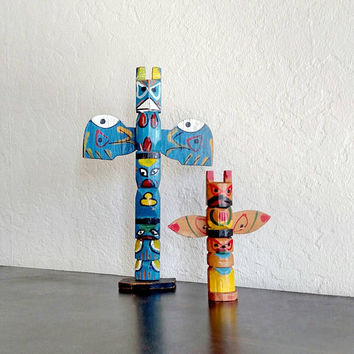 Totem Poles / Folk Art / Vintage Souvenirs / Native American / Roadside Souvenirs / American Indian / Set of 2 / Handpainted / Kids Room