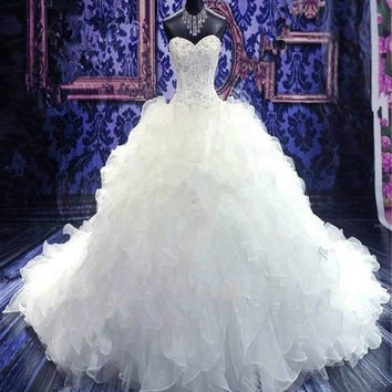 2017 Luxury Embroidery Ball Gown Wedding Dress Vintage Sweetheart Organza Ruffles Vestido De Noiva 2016 Cheap Wedding Gowns