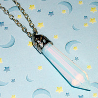 Opal Crystal Quartz Necklace / Pastel Goth, Soft Grunge Kawaii Crystal Chain Necklace / Healing Chakra Stone Pendant Necklace