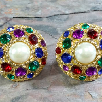 Vintage 80s BIG Clip On Earrings Colorful Rhinestones Set in Gold Textured Domed With a White Pearl Center Focal Stone Brand New Ear Pads