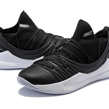 Under Armour Ua Curry 5 Black/white Basketball Shoe   Best Deal Online