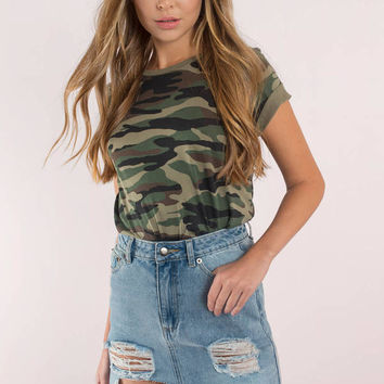 Scratch That Distressed Denim Skirt