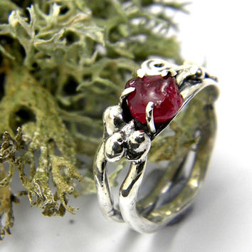 Sterling silver leaf ring raw ruby July birthstone rough ruby ring size 7 freeform ruby jewelry, gift for her, handmade jewellery