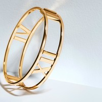 Tiffany & Co. - Atlas® hinged bangle in 18k rose gold with diamonds, medium.