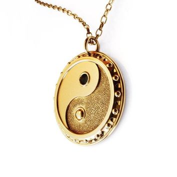 3D-Printed Yin-Yang Charm Necklace