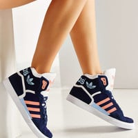 adidas Extaball Sneaker - Urban Outfitters