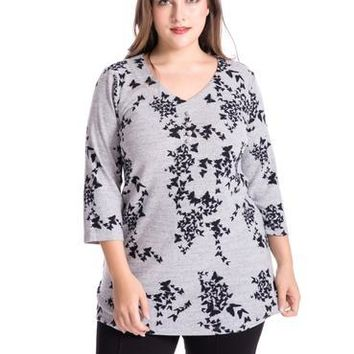 Women Plus Size Butterfly Print Cashmere V-Neck Tunic Top