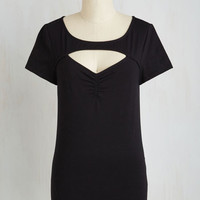 Pinup Mid-length Short Sleeves Flash of Sassy Top in Black
