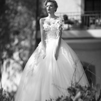 Tulle Ball Gown Wedding Dresses Appliques One Shoulder Floor Length jy837