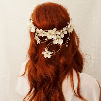 Wreath, Ivory flower head piece, bridal crown, whimsical hairband, wedding accessories - Diana