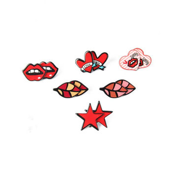 New Fashion Cute Women Jewelry Animal Dog Lips Star Leaves Heart Acrylic Small Stud Earrings Hot