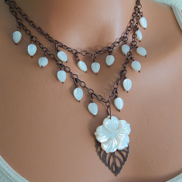 Seashell statement necklace flower necklace mermaid jewelry set carved mother of pearl necklace and earring set white double strand necklace