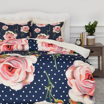 Allyson Johnson 1940s style Duvet Cover