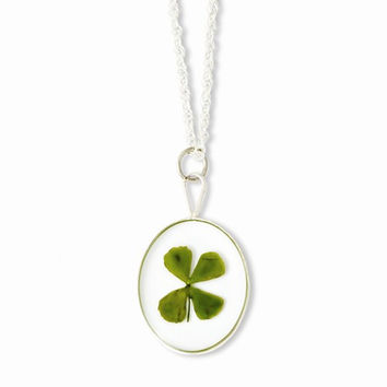 Silver Trim Four Leaf Clover Oval Silver-Plated Chain