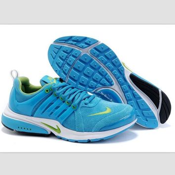 NIKE new lightweight casual shoes sports shoes Sky blue and green