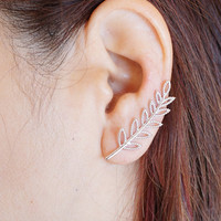 Gold Leaves Ear Crawler, Silver Leaves Ear Climber, Ear Cuff, Ear Crawler, Nature Ear Crawler Earrings