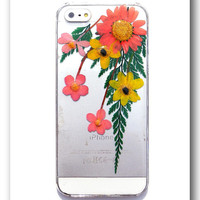 Handmade iPhone 5/5s case, Resin with Dried Flowers, Pressed flower art (88)