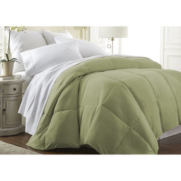 Michael Anthony Full/Queen Down Alternative Comforter