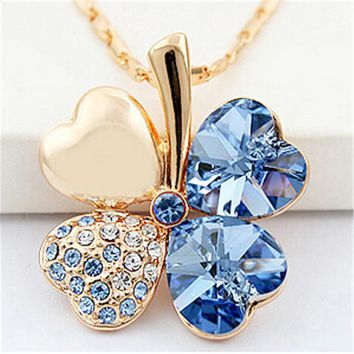 SHDEDE Four Leaf Clover Necklaces Pendant Heart Crystal from Swa d29e872e85