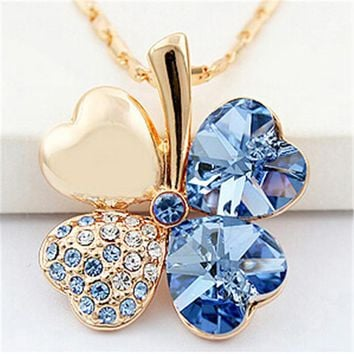 SHDEDE Four Leaf Clover Necklaces Pendant Heart Crystal from Swa 596c32132c