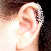 2017 Punk Style Skull Spine Earrings Alloy No Pierced Ear Clip Bone Earrings Women Girls Fashion Ear Cuff